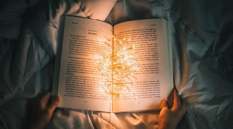 """""""La lettura è, come l'amore, un modo di essere."""""""