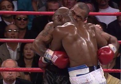 Quella volta che Tyson azzannò l'orecchio dell'avversario