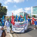 Latina, chiusura Pam Panorama: i lavoratori non ci stanno e scendono in strada per protestare