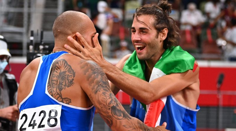 Tokyo 2020, Jacobs e Tamberi vincono nei 100 metri e nel salto in alto: due ori per l'Italia!